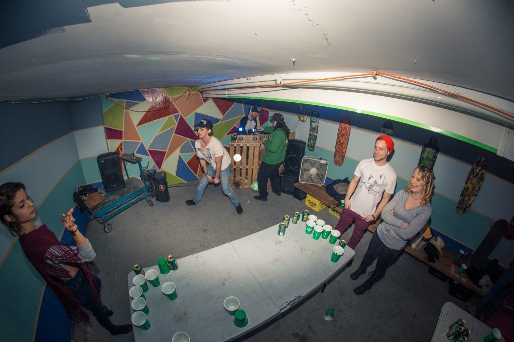 flatspot_end_of_year_party-25banjo-man-coast-longboarding-flatspot-longboards-steep-shot-craig-barker