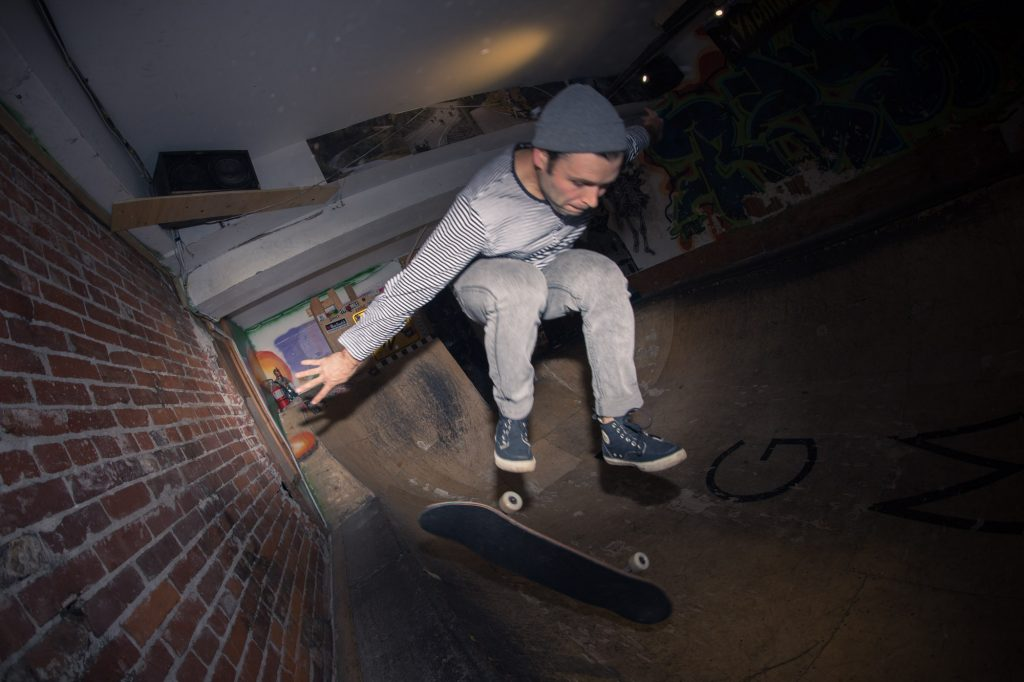 flatspot_end_of_year_party-2banjo-man-coast-longboarding-flatspot-longboards-steep-shot-craig-barker