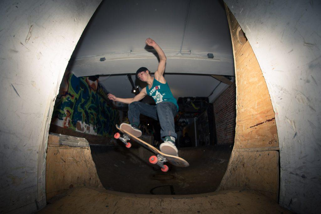 flatspot_end_of_year_party-32banjo-man-coast-longboarding-flatspot-longboards-steep-shot-craig-barker